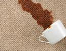 Как вывести кофейные пятна с дивана