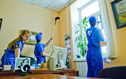 Саратовская областная прокуратура заплатит за уборку 3 миллиона рублей