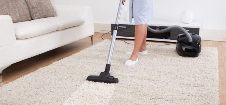 Советы и рекомендации по уходу за белым ковром